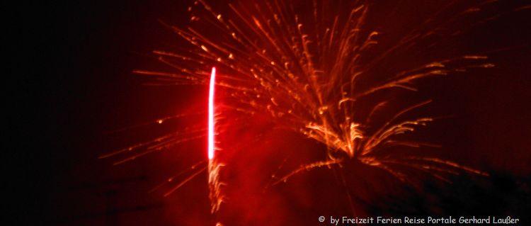 Berghütte über Silvester mieten Feuerwerk