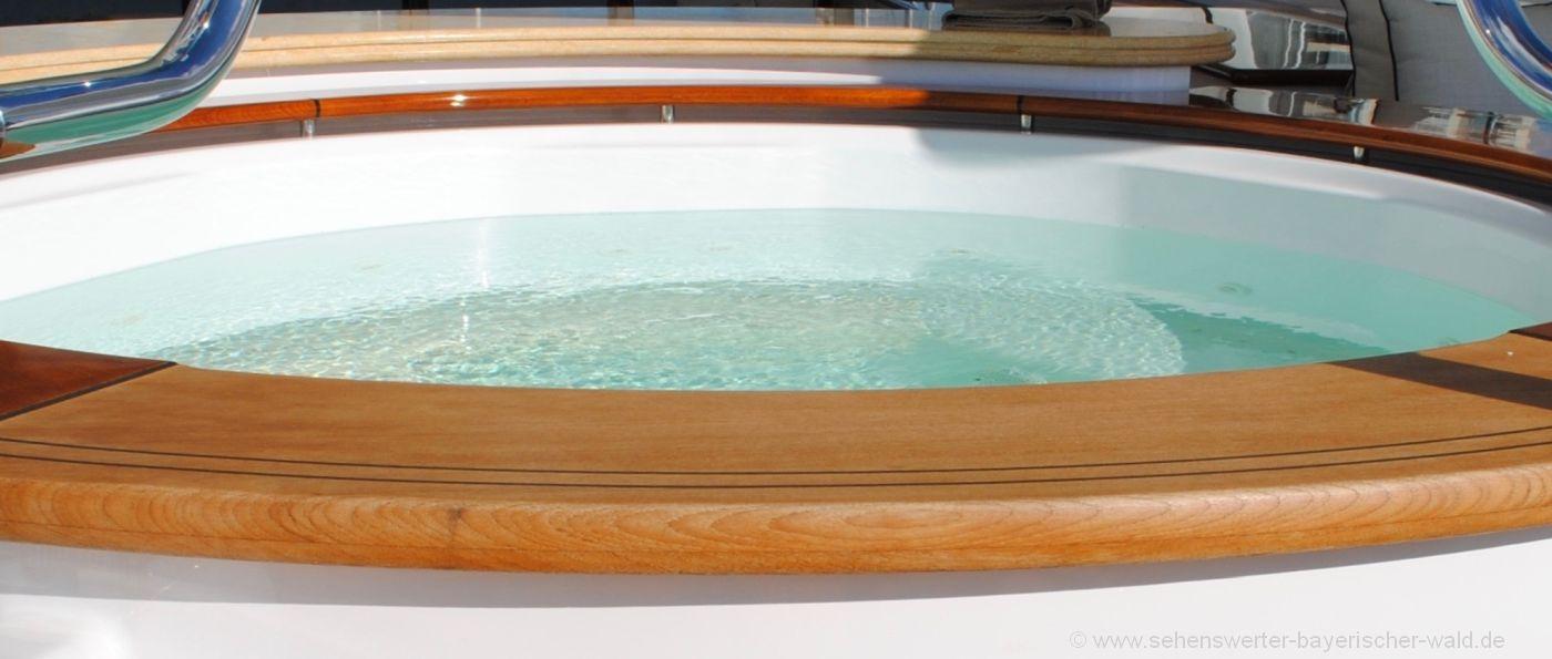 berghütten-bayern-luxus-whirlpool-wellness-ferienhütten