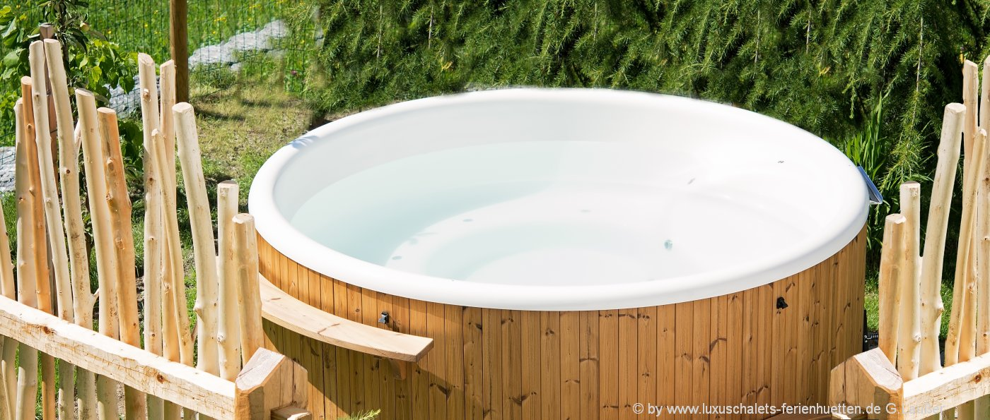 bayerischer wald ferienh tten mit whirlpool und sauna h tte mit pool mieten. Black Bedroom Furniture Sets. Home Design Ideas