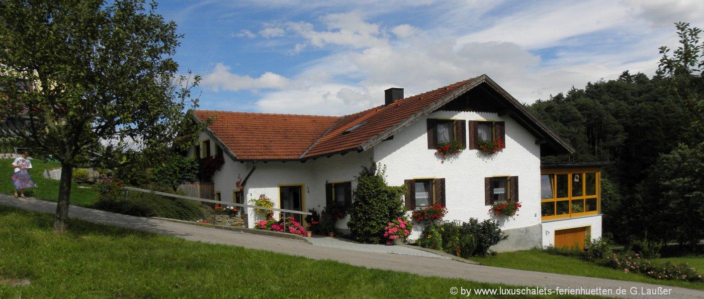 ferienhaus-bayern-gruppenhaus-bayerischer-wald-ansicht