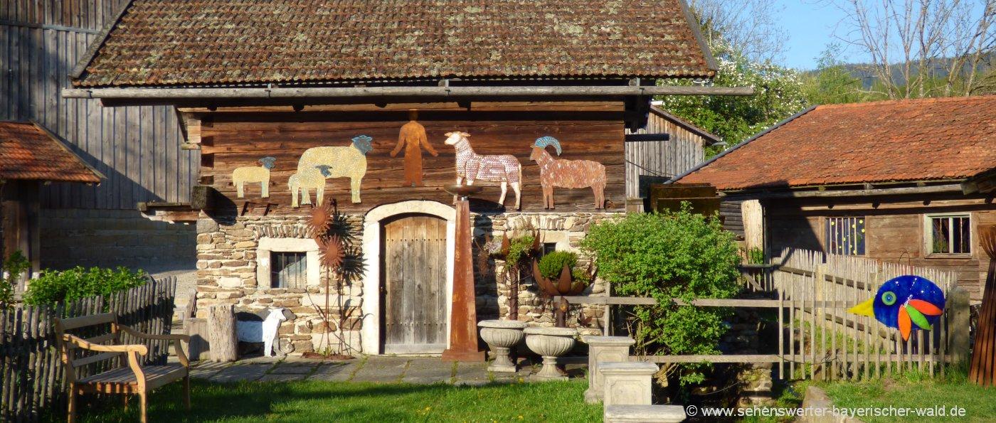 ferienhütten-bayerischer-wald-holzferienhaus-originelles-chalet-bayern