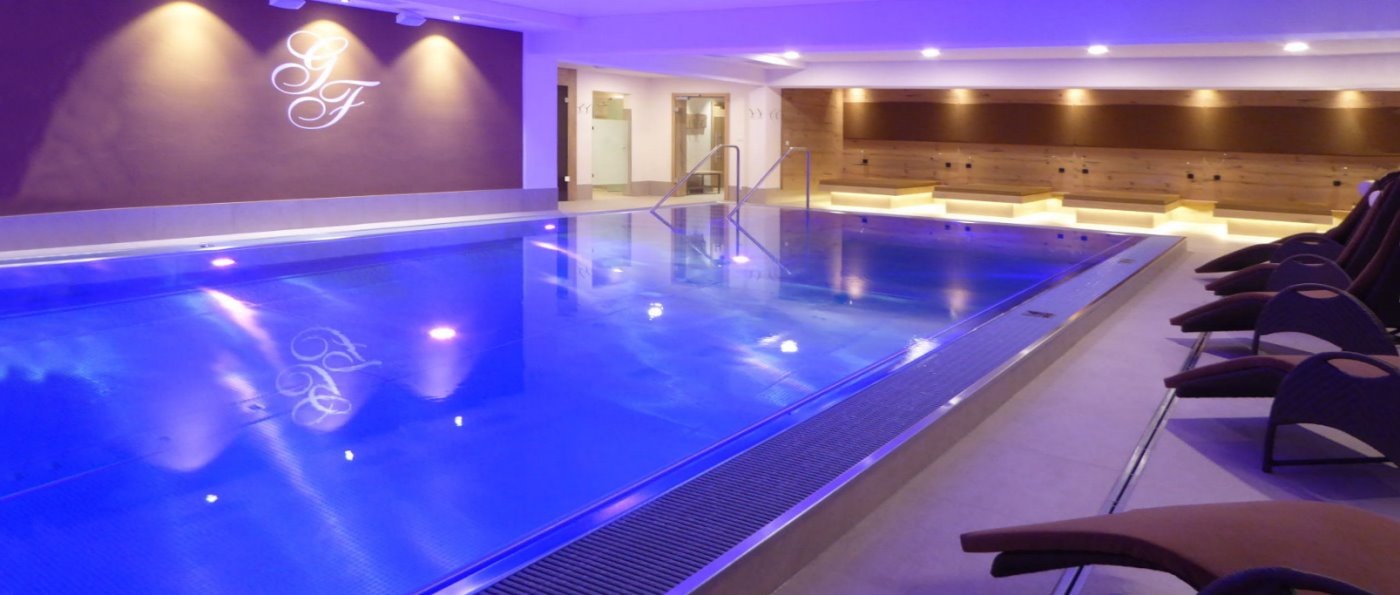 feuerschwendt-familienhotel-deutschland-hallenbad-schwimmbad