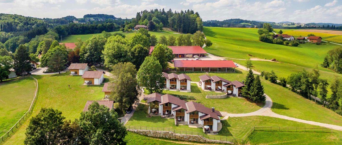 feuerschwendt-reiterhotel-bayern-familienhotel-bayerischer-wald-ferienanlage
