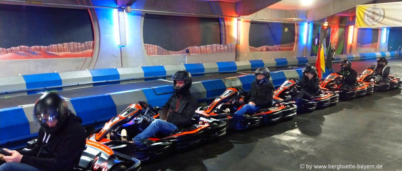 Kart fahren - Ideen für Teambuilding mit Übernachtung in Bayern