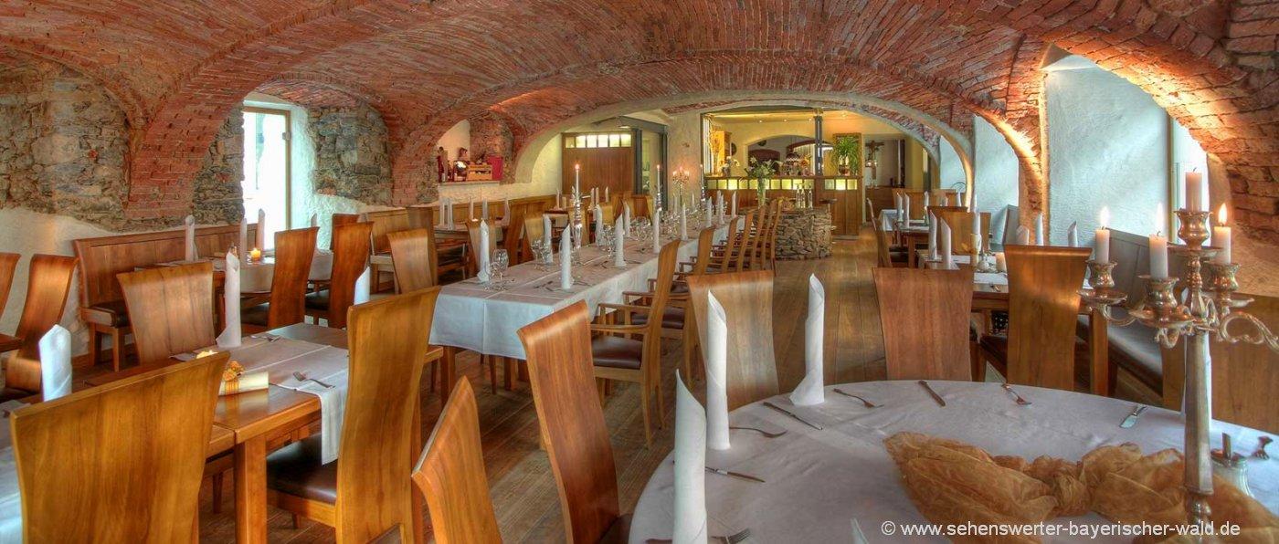 hastreiter-oberpfalz-uriger-romantik-gasthof-bayern-restaurant