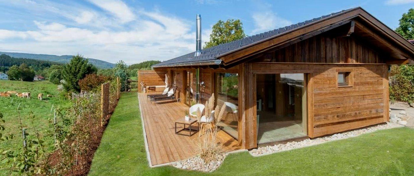 wellness chalet bayerischer wald sauna chalet mit offenem. Black Bedroom Furniture Sets. Home Design Ideas