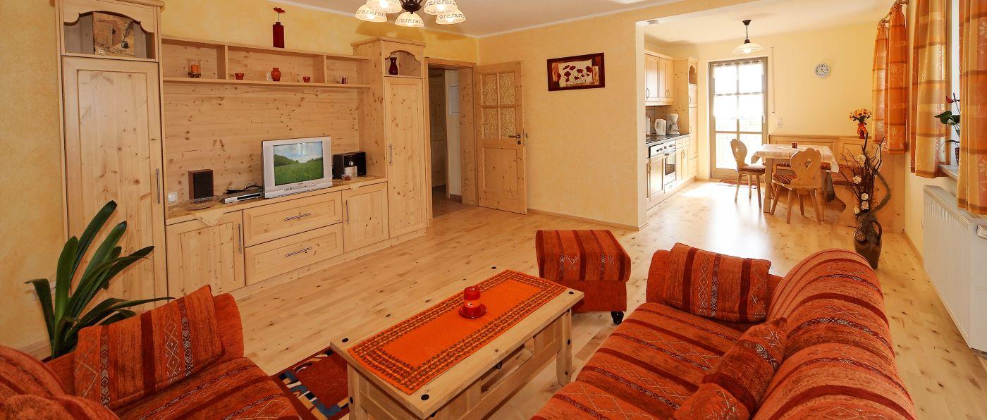 kopp-5-sterne-luxusferienhaus-bayerischer-wald-wohnzimmer