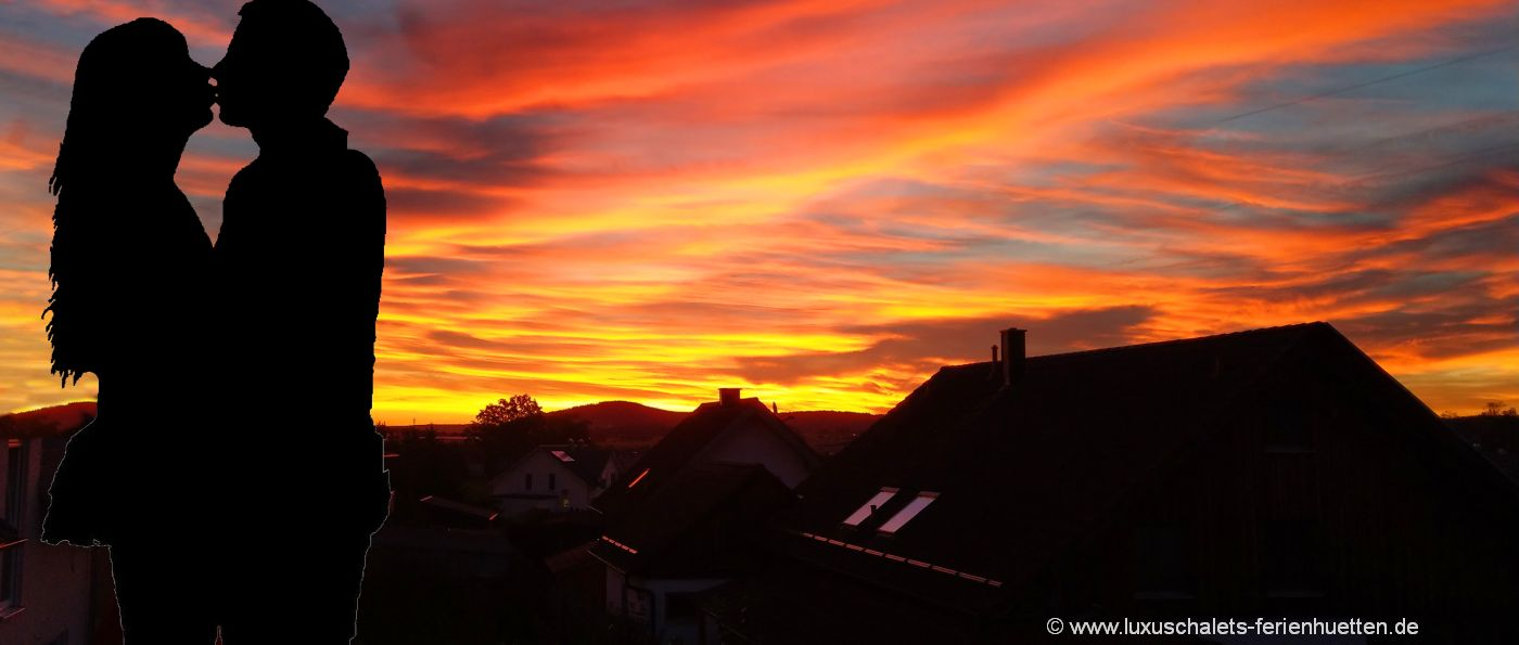 kuschelurlaub-bayerischer-wald-hütten-wochenende-zu-zweit-romantik-chalets