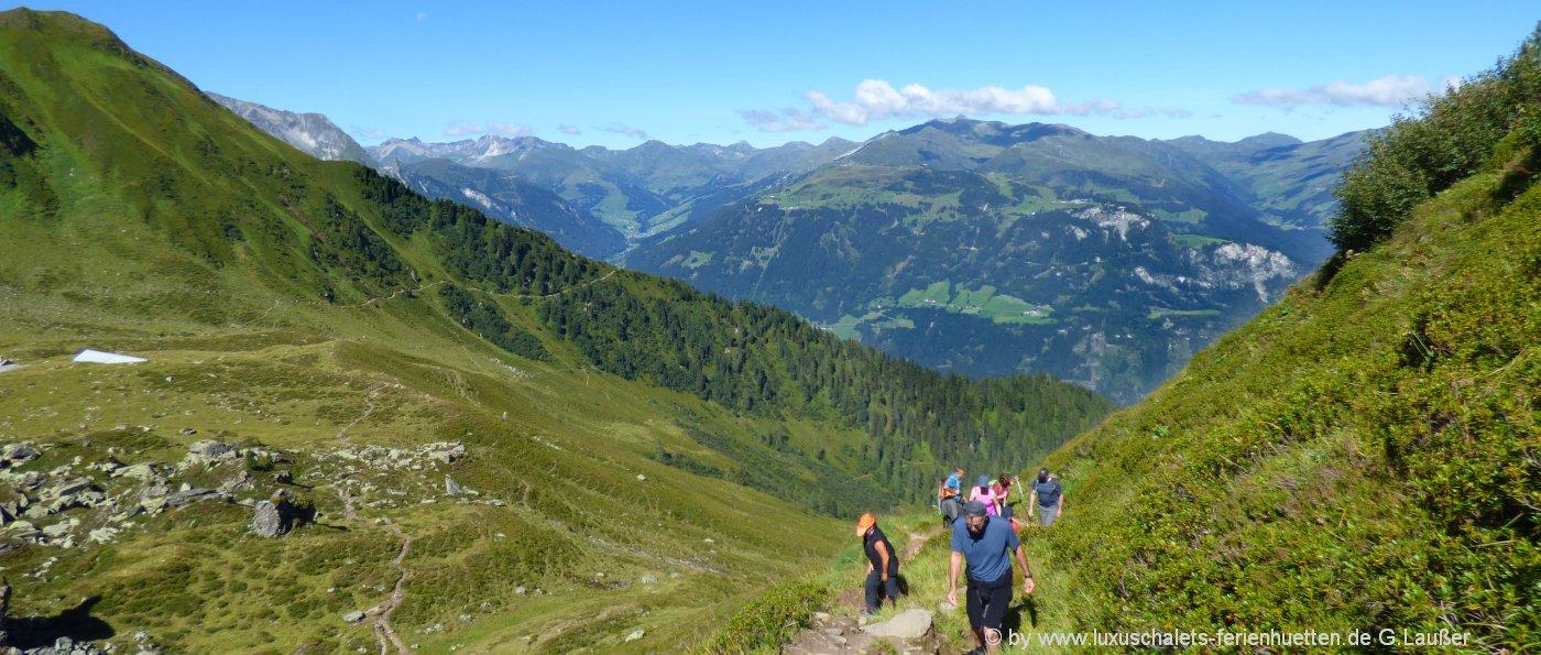 österreich-zillertal-alpenwanderung-berghütten-mieten