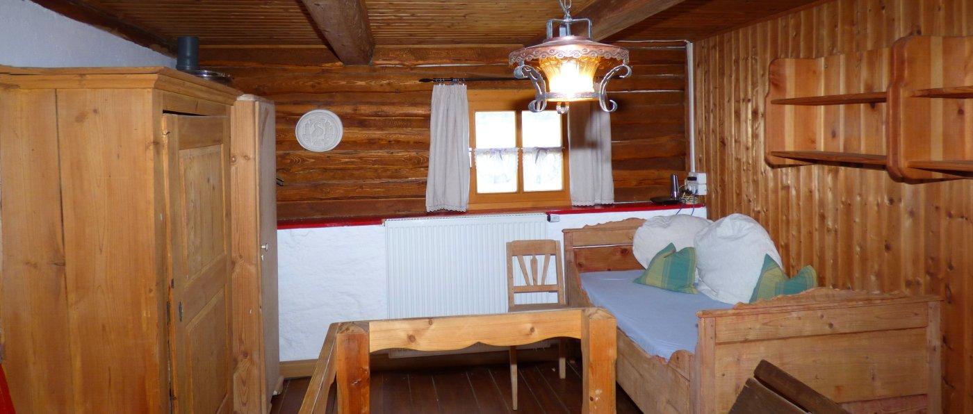 paulus-selbstversorger-gruppenhaus-oberpfalz-bauernhaus-schlafzimmer