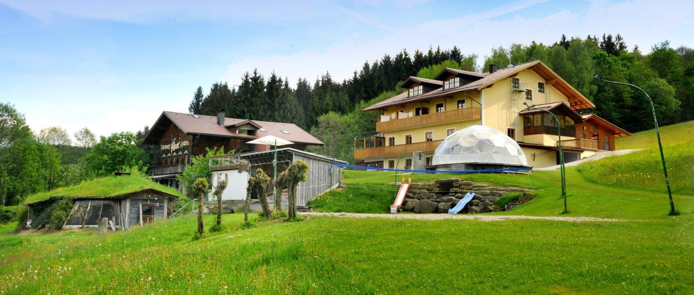 pröller-berghütten-bayerischer-wald-gruppenhaus-partyhütte