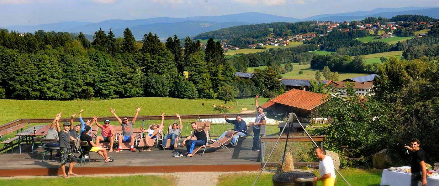 pröller-partyhütten-bayern-eventlocation-berghütten-bayerischer-wald