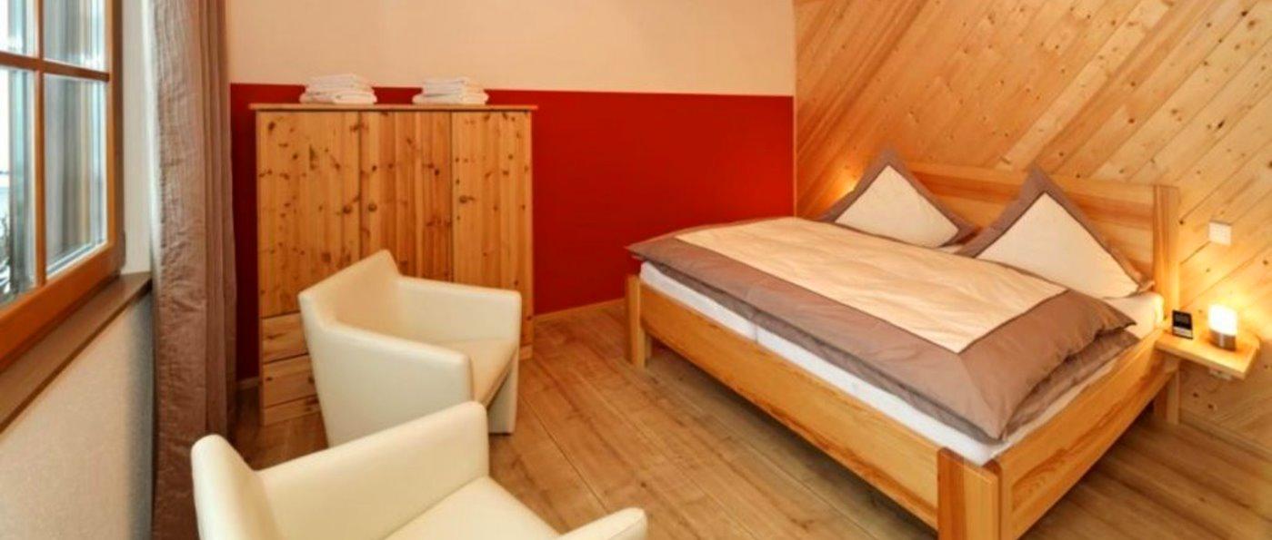 wartner-jagdhaus-bayerischer-wald-chalet-bodenmais-schlafzimmer